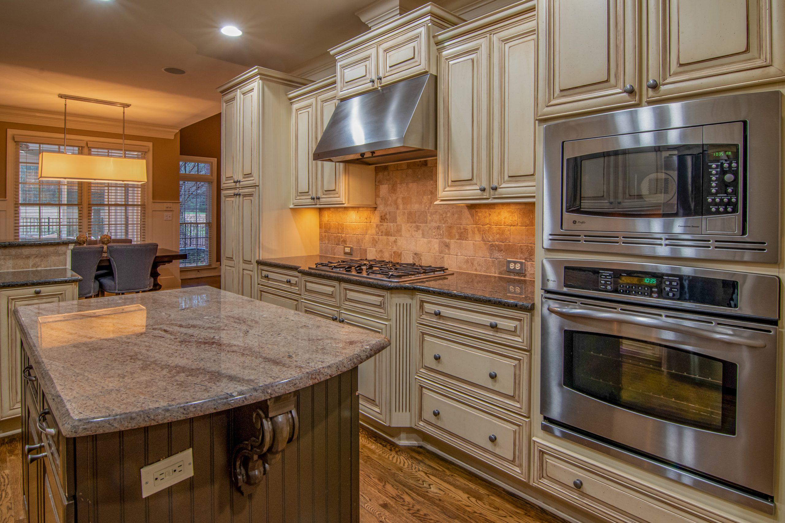 Off White Cabinets Granite Counters