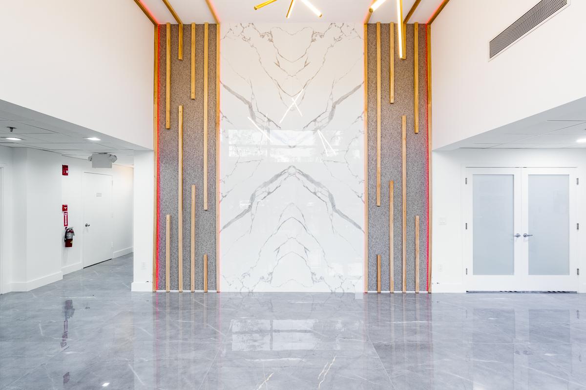 Large Format Porcelain Tile Wall Design